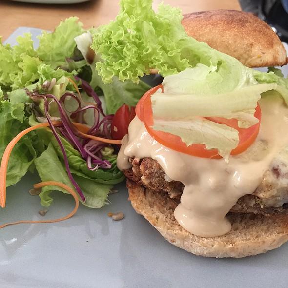 Brocolli Burger