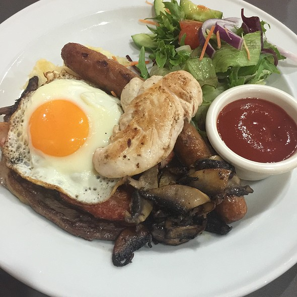 Mixed Grill @ Norths Devils Leagues Club