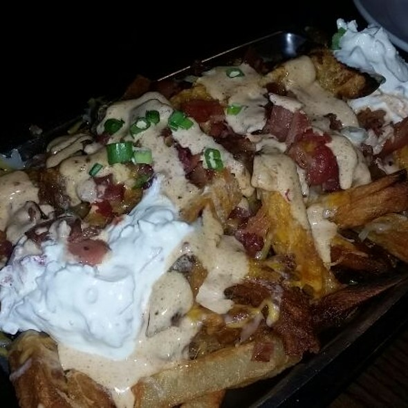 East Coast Loaded Fries @ Vagabond Kitchen And Taphouse