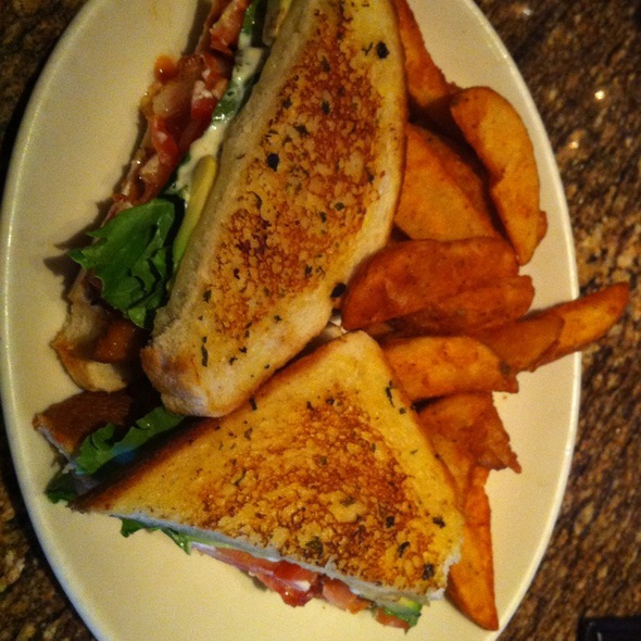 California Chicken Club @ BJ's Restaurant & Brewhouse