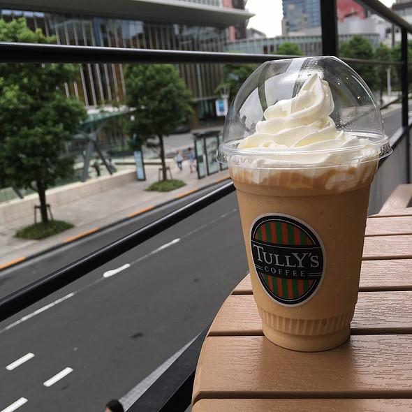 Royal Milk Tea Cream Swirkle @ Tully's