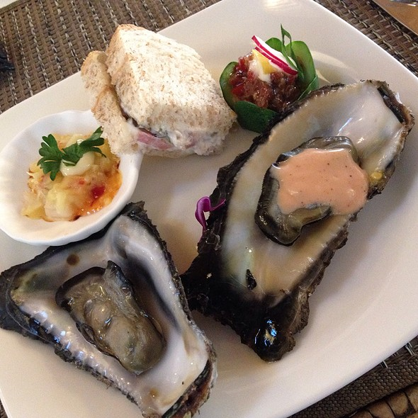 Appetizers, Lunch Buffet @ Maribago Bluewater Beach Resort and Spa