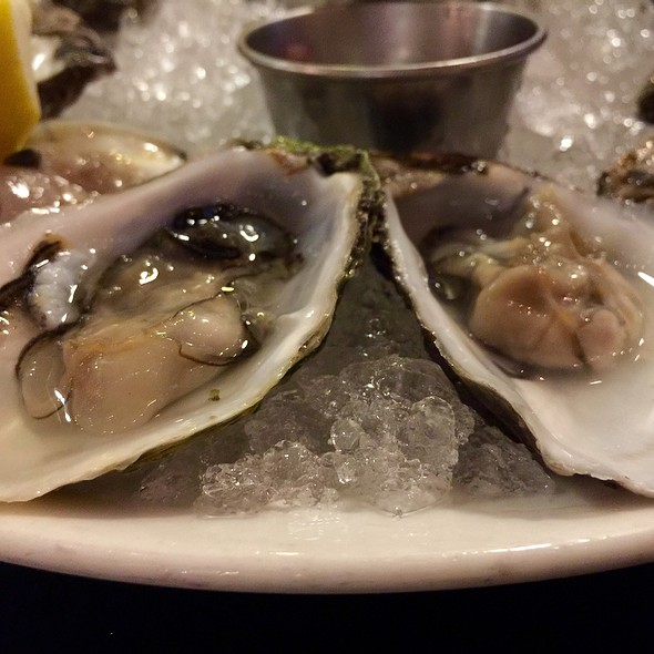 Oysters @ The Black Marlin Bar & Seafood Grill
