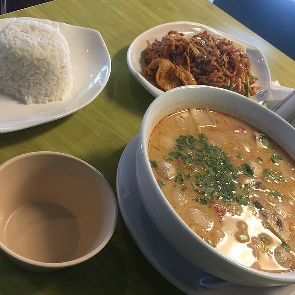 Coconut Soup @ Thai Basil
