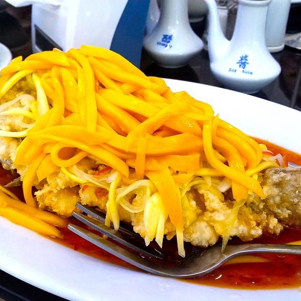 Deep-fried Garoupa in Sweet Chili Thai Mango Sauce @ Ocean Seaside Restaurant