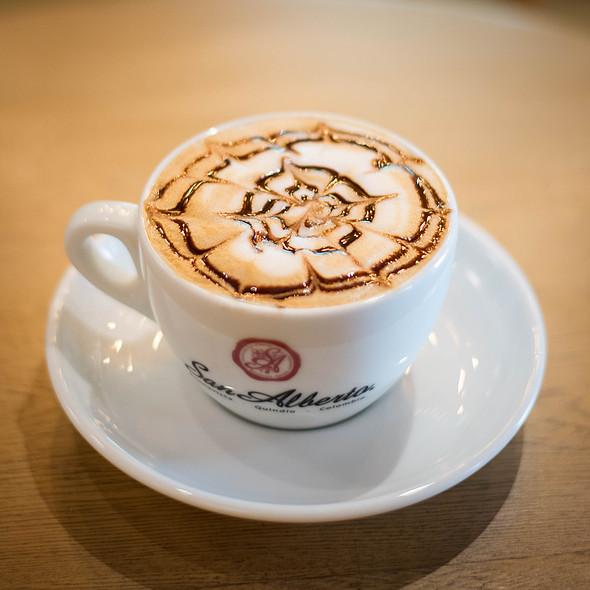 Mocha @ Café San Alberto