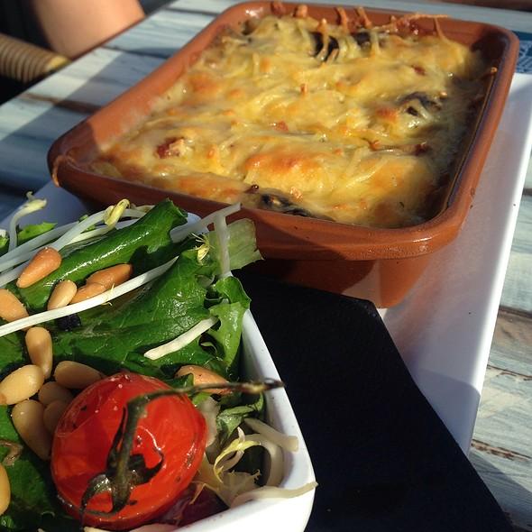 Vegetarian Cannelloni @ De Landing