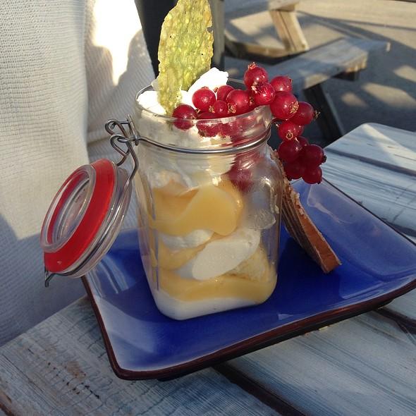 Lemon Curd And Mascarpone @ De Landing