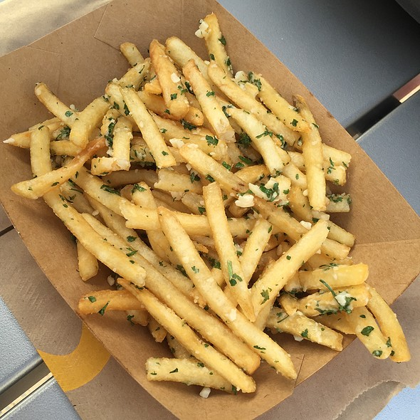 Gilroy Garlic Fries @ McDonald's