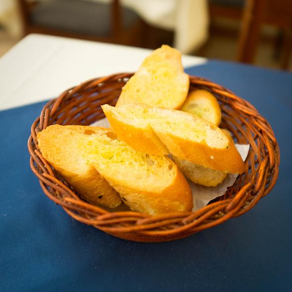 Garlic Bread @ Paella de la Candelaria