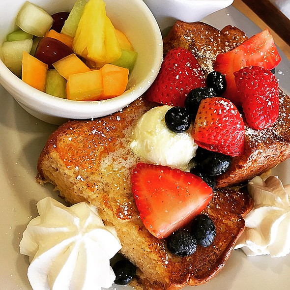 French Toast @ Rise and Shine Cafe