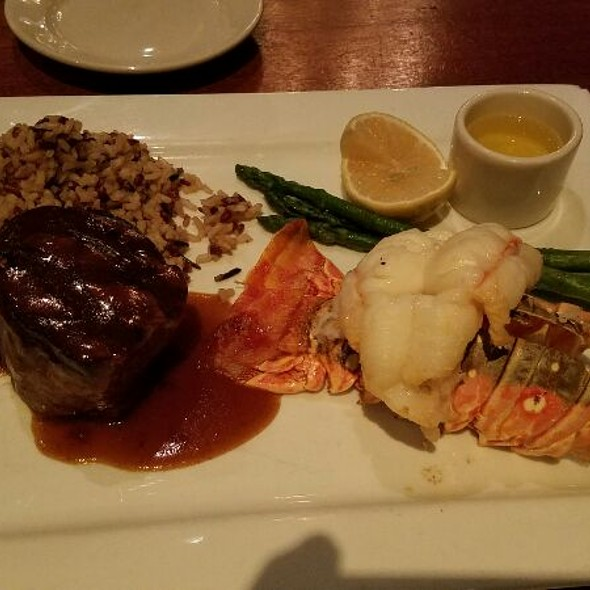 Petite Filet Mignon And Lobster Tail