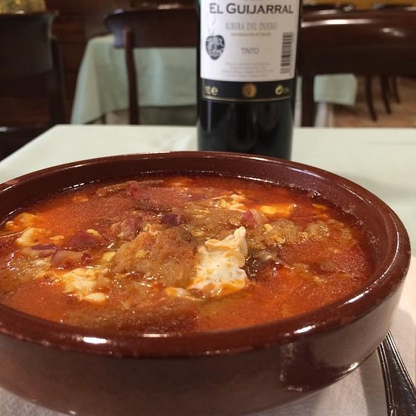 Castellana  Soup(Garlic Soup) @ Azofra