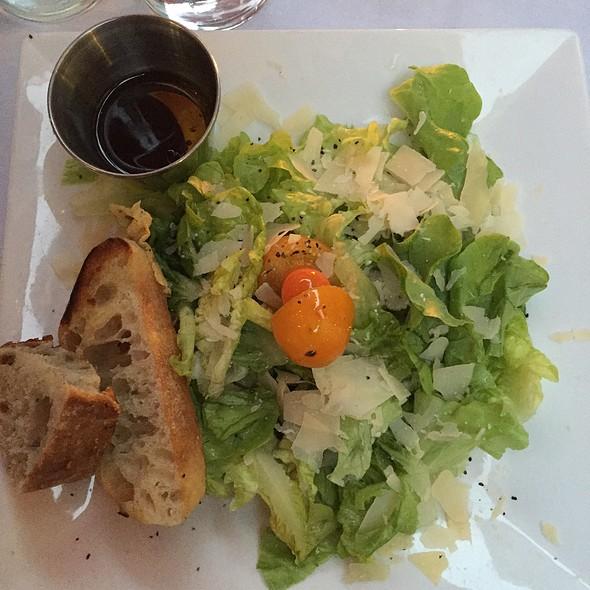 garden salad @ Actor's Corner Cafe