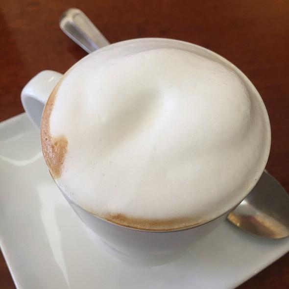 Cappuccino @ Cafe La Tartine