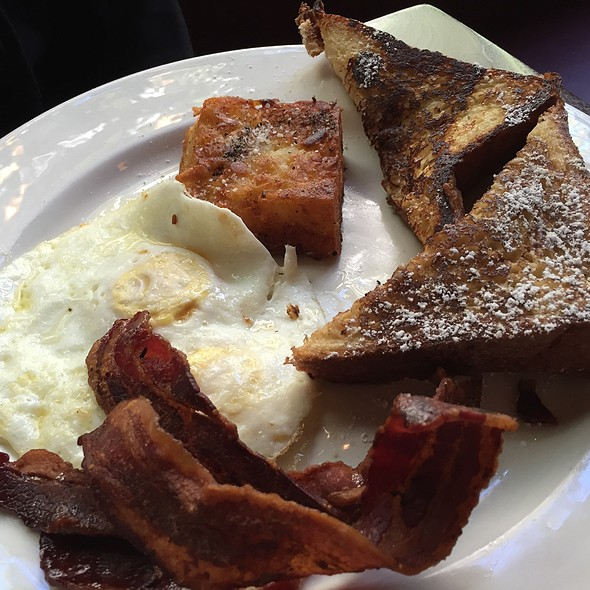 Bacon and eggs @ Veritable Quandary