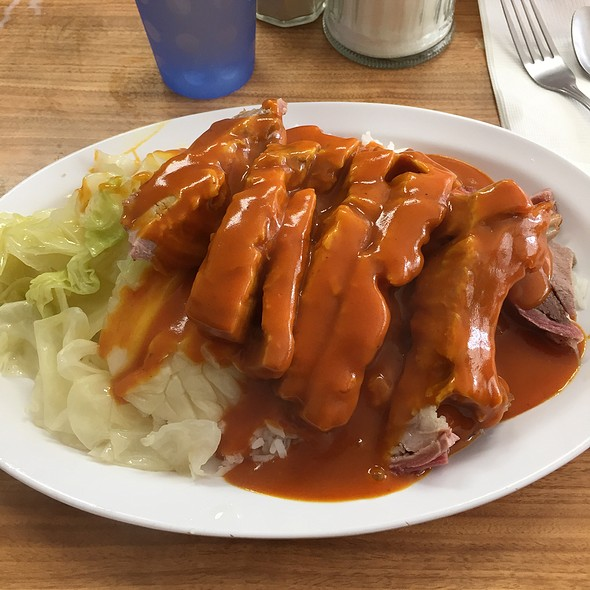 Roast Pork With Brown Gravy @ New Lun Ting Cafe