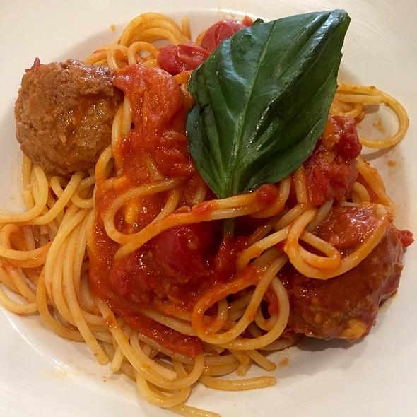 Spaghetti & Meatballs - Il Canale, Washington, DC