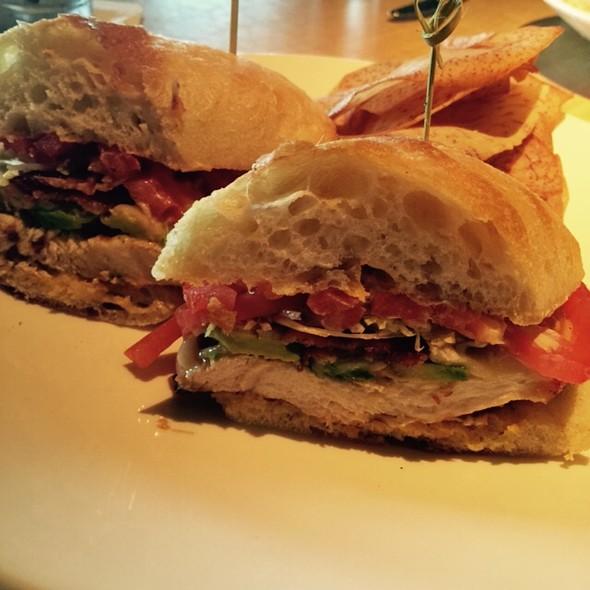 chicken & avocado club sandwich - Kona Grill - Woodbridge, Iselin, NJ