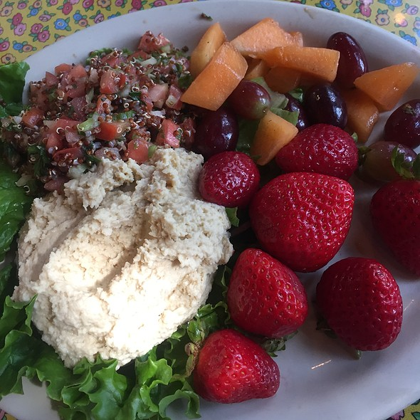 Hummus & Tabuleh