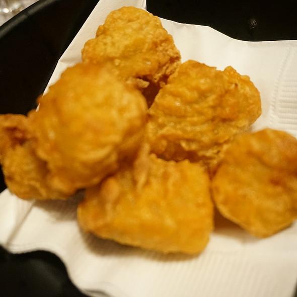 炸餃子 Deep Fried Dumplings @ School Food