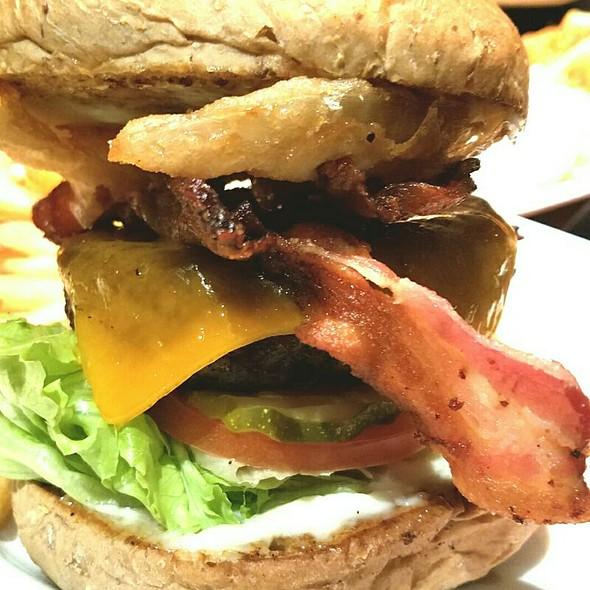 Elephant Bar Restaurant - The Pub Burger - Foodspotting