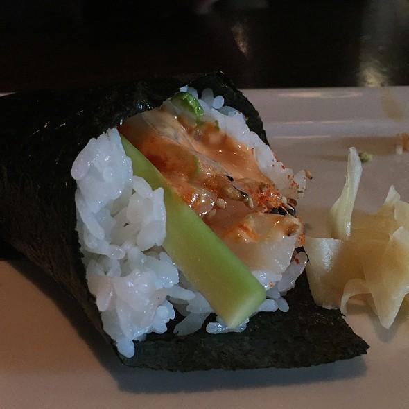 Spicy Scallop Roll @ Yataimura Maru by Shigezo