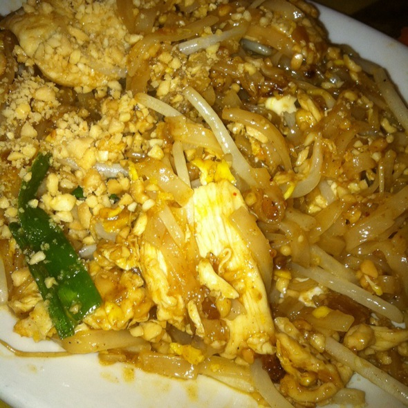 Pad Thai @ Bangkok Cafe