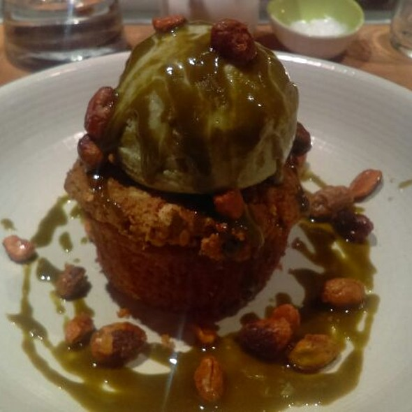 Warm Salted Pistachio Crumble @ Shaker & Spear