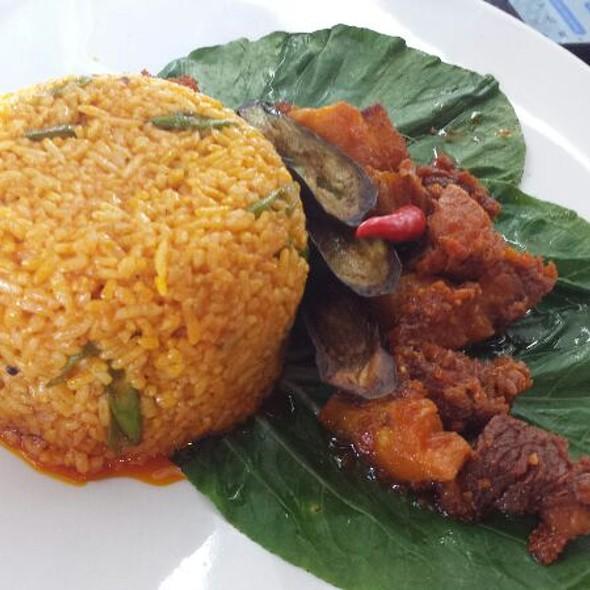 Crispy Kare Kare Rice