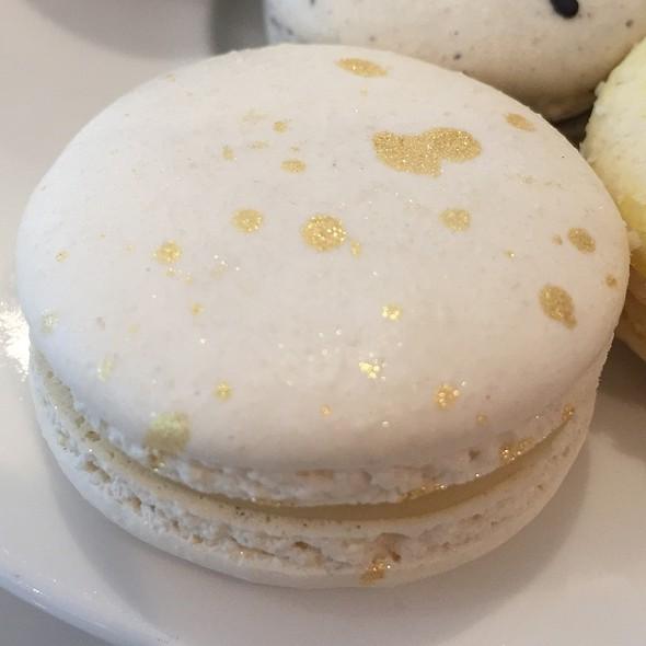 Honey Chamomile Macaron @ Alexander's Patisserie