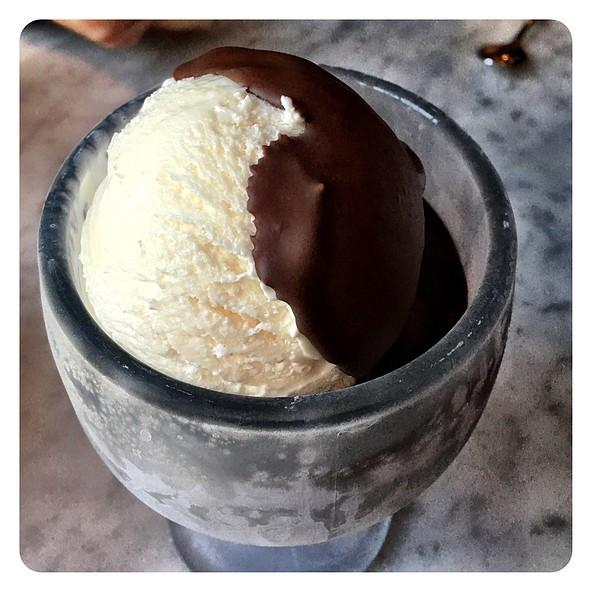 Garlic Ice Cream @ The Stinking Rose