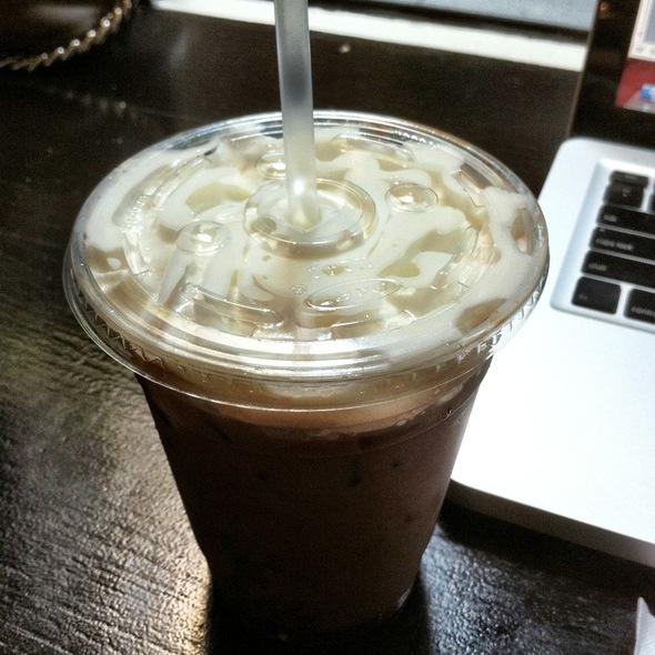 Iced Mocha @ Macchiato Espresso Bar