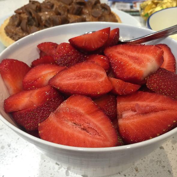 Strawberries @ Chookys