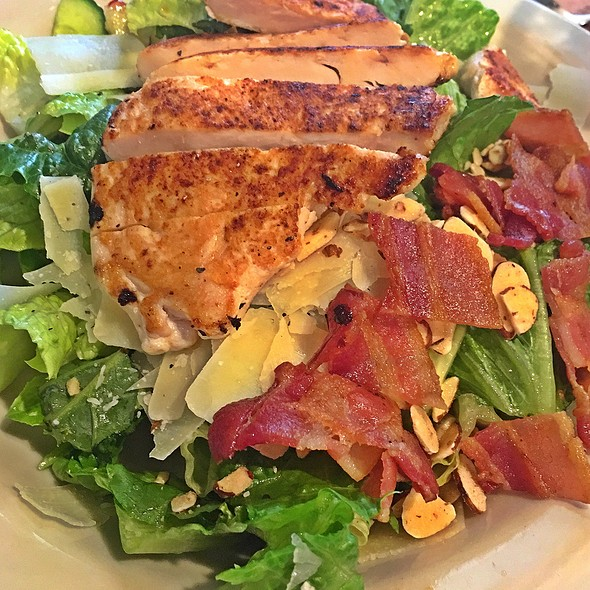 Grilled Chicken Kale Salad @ Cracker Barrel