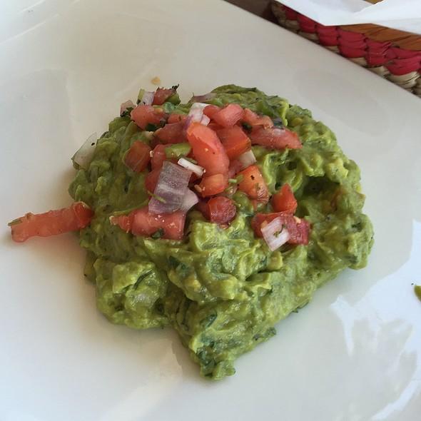 Guacamole @ Los Agaves Restaurant
