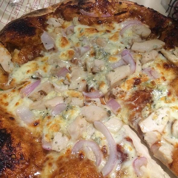BBQ Chicken Pizza @ MOD Pizza