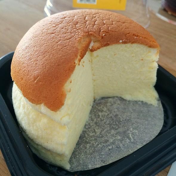 Japanese Cheesecake 日式芝士蛋糕 @ Taste - Tung Chung Citygate