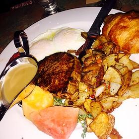 Steak and Eggs - La Dolce Vita - Detroit, Detroit, MI