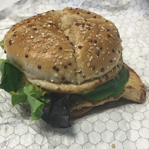 New Grilled Chicken Sandwich @ Wendy's