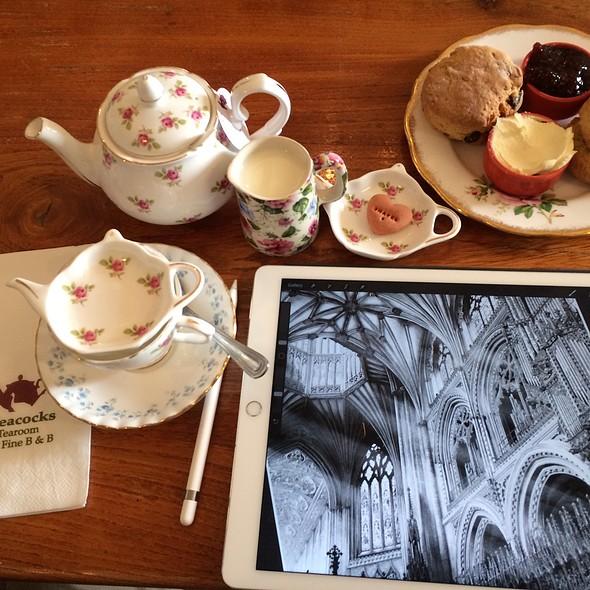 Devonshire Cream Tea @ Peacocks Tearoom