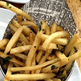 Garlic Skinny Fries - Home Restaurant - Los Feliz, Los Angeles, CA