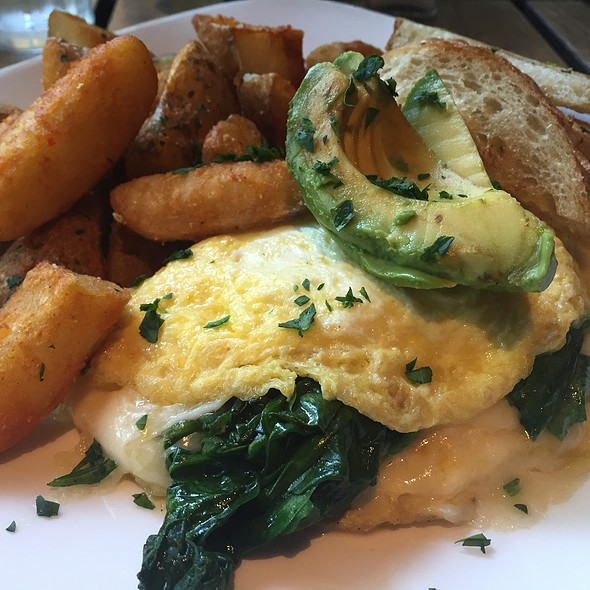 Spinach And Cheese Omelette @ Cafeteria 15L