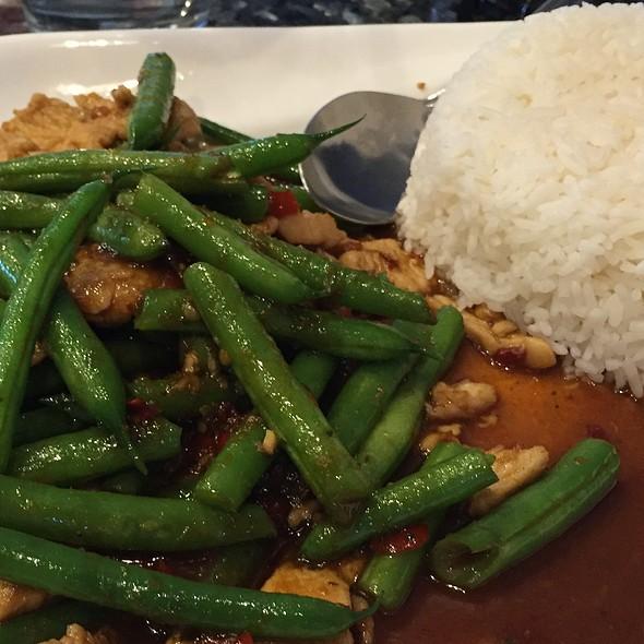 Lava chicken @ Mekong Bistro