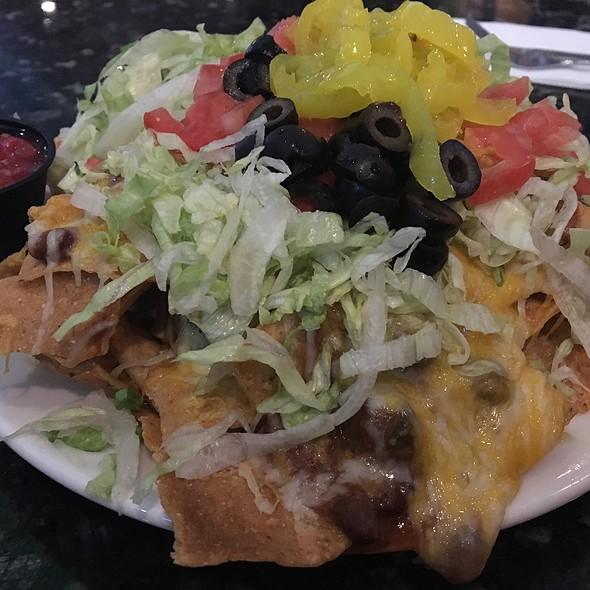 Nachos @ Chelo's Hometown Bar & Grill