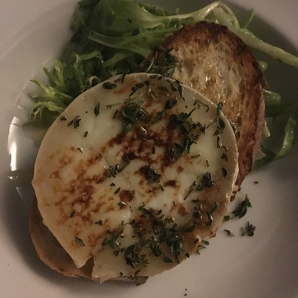 Grilled Goats Cheese