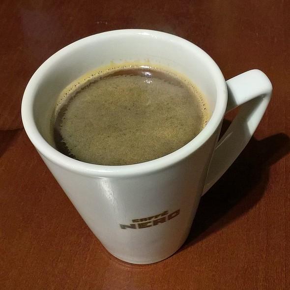 Grande Americano @ Caffè Nero