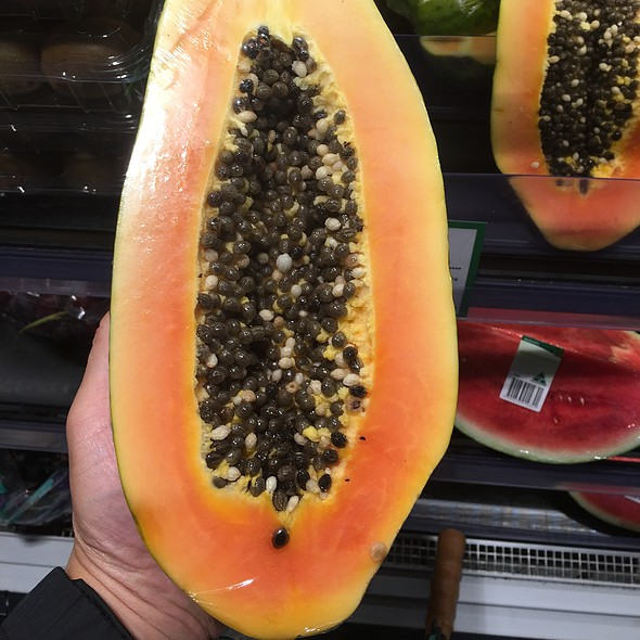 Papaya @ Organic Earth Food Store