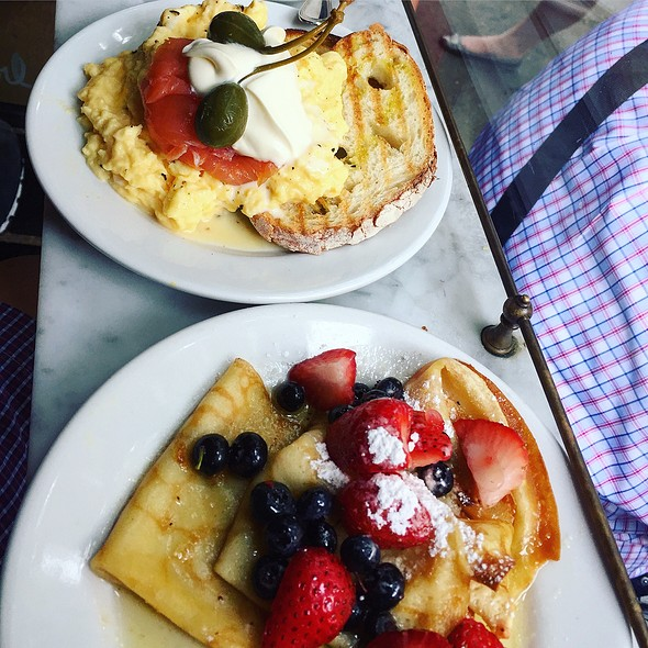 Scrambled Eggs With Salmon And Creme Fraiche. Butter Crepes With Berries @ Buvette