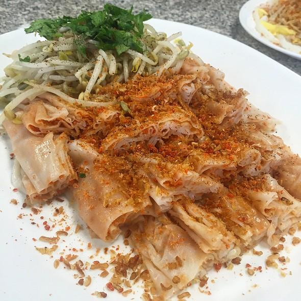 Banh Cuon Tom Chay